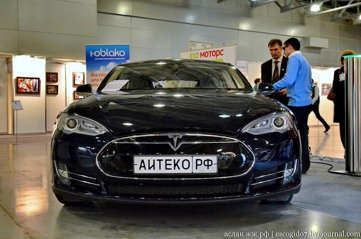 Как устроен электромобиль Tesla Model S (1)