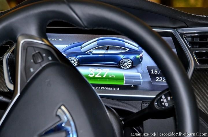 Как устроен электромобиль Tesla Model S (11)