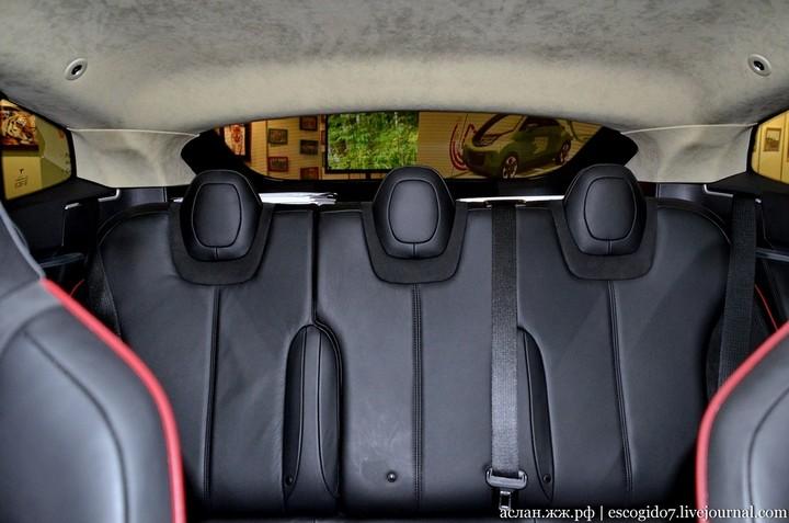 Как устроен электромобиль Tesla Model S (12)