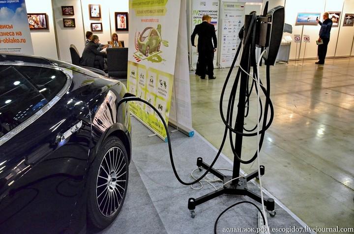 Как устроен электромобиль Tesla Model S (16)