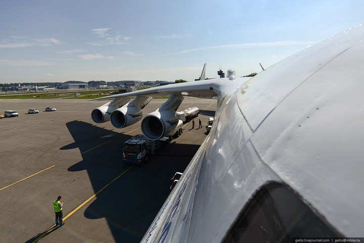 Ан-225 «Мрия» - самый большой самолет в мире (16)