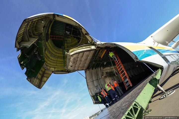 Ан-225 «Мрия» - самый большой самолет в мире (28)