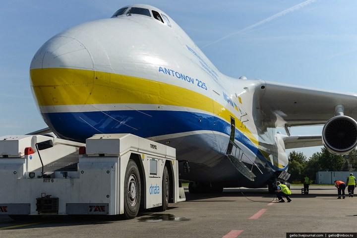 Ан-225 «Мрия» - самый большой самолет в мире (36)