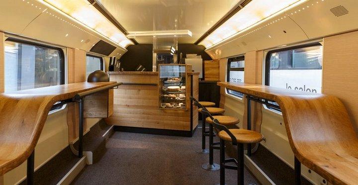 Первый поезд-кофейня Starbucks в Швейцарии (4)