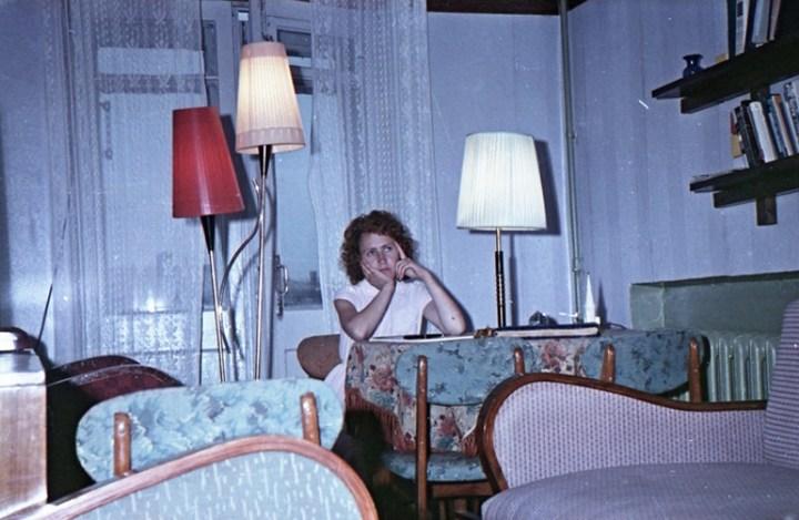 Старая фотосессия в советской коммуналке (9)
