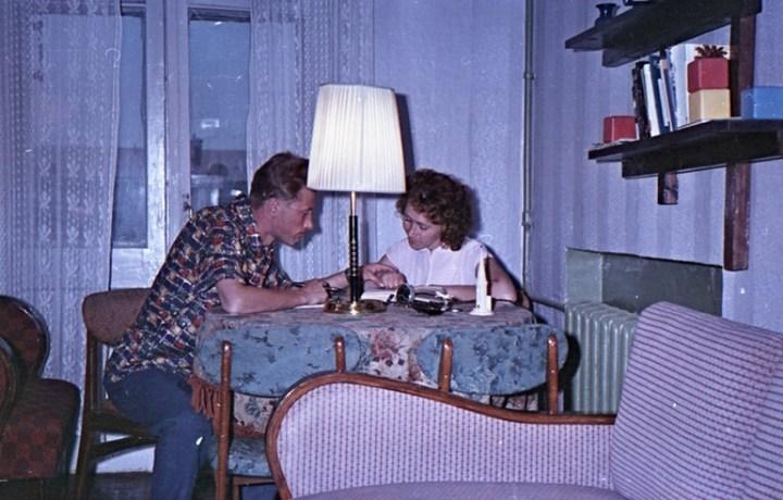 Старая фотосессия в советской коммуналке (5)