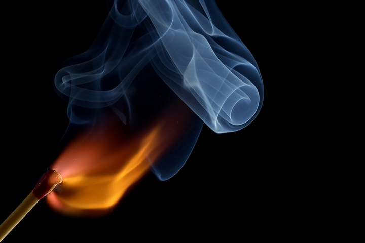 Красивые макрофотографии горящей спички (4)
