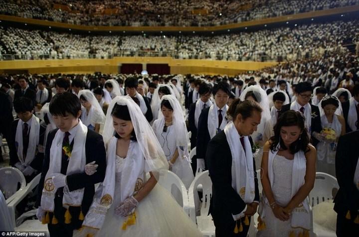 Самая массовая церемония бракосочетания в Южной Корее (14)