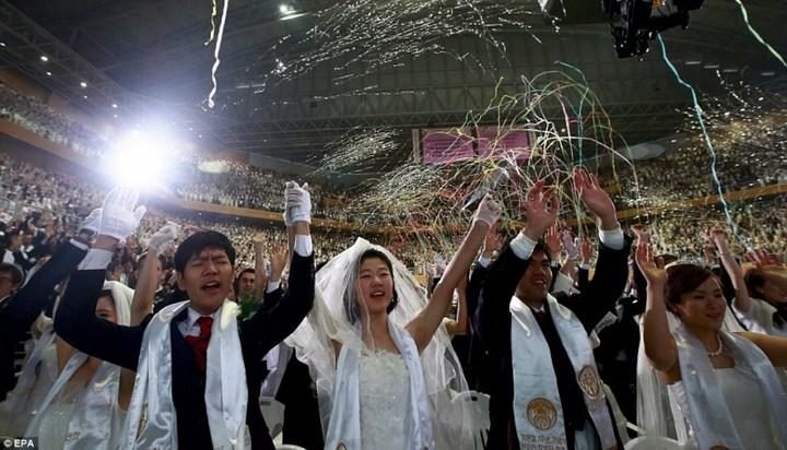Самая массовая церемония бракосочетания в Южной Корее (16)