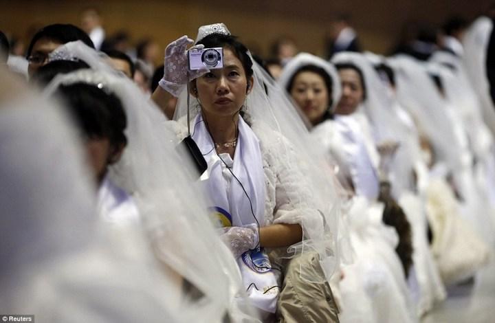 Самая массовая церемония бракосочетания в Южной Корее (18)