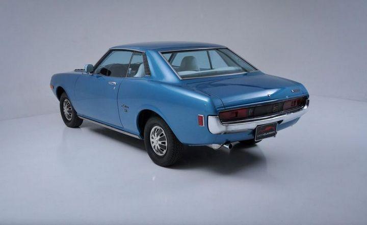 Продажа редкой Toyota Celica ST 1972 года (29)