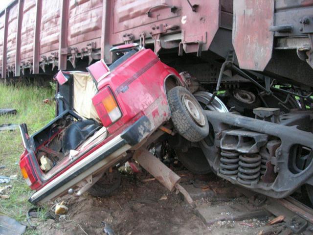 аварии на железнодорожных переездах (15)