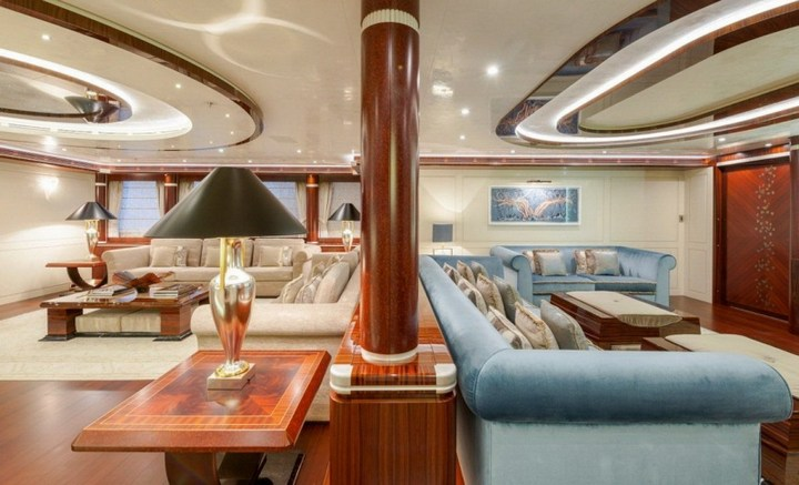 Шикарная яхта за 1.300.000$ в неделю (29)