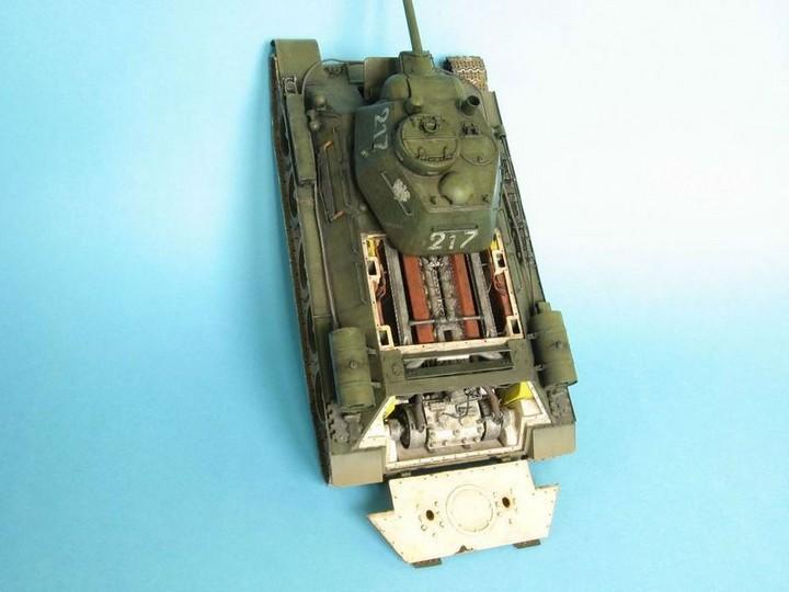Реалистичная модель танка T-34/76 (5)