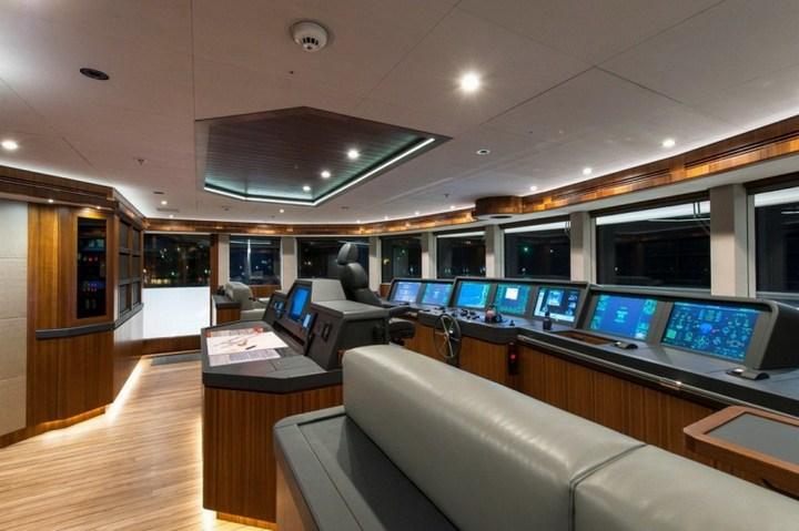 Шикарная яхта за 1.300.000$ в неделю (28)