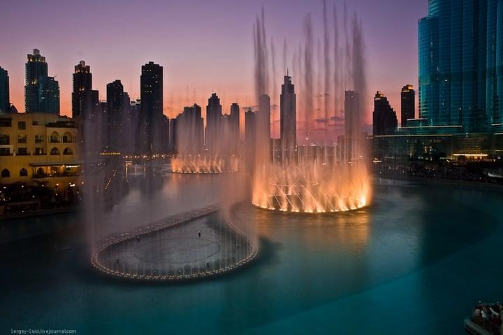 Поющие фонтаны в Дубаи (4)