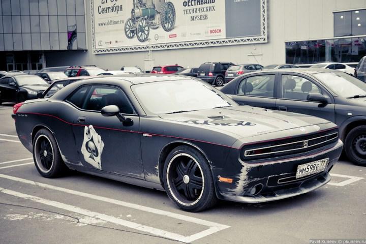 Dodge Challenger с креативной раскраской (5)