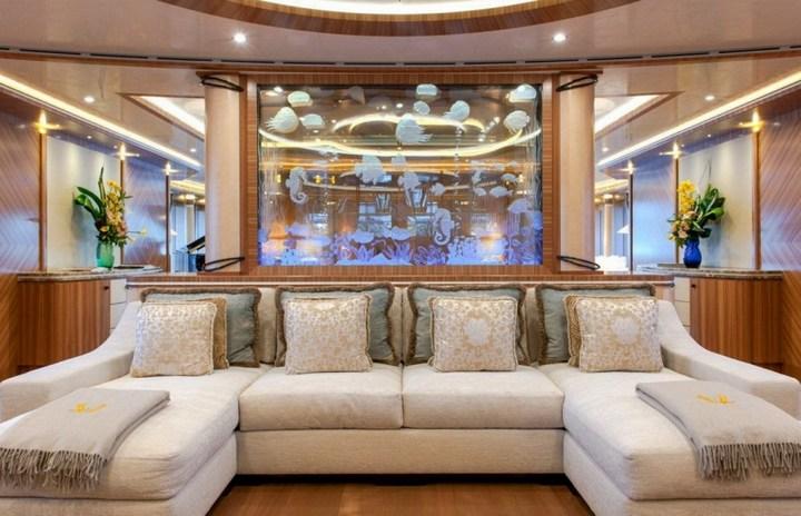 Шикарная яхта за 1.300.000$ в неделю (18)