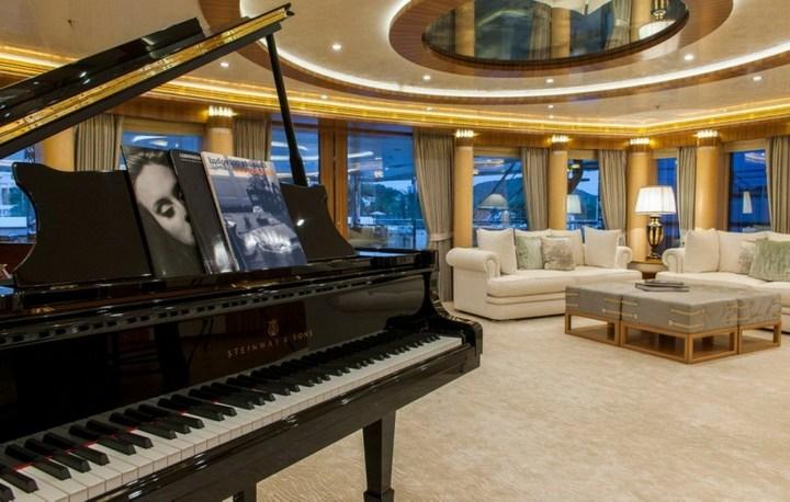 Шикарная яхта за 1.300.000$ в неделю (12)