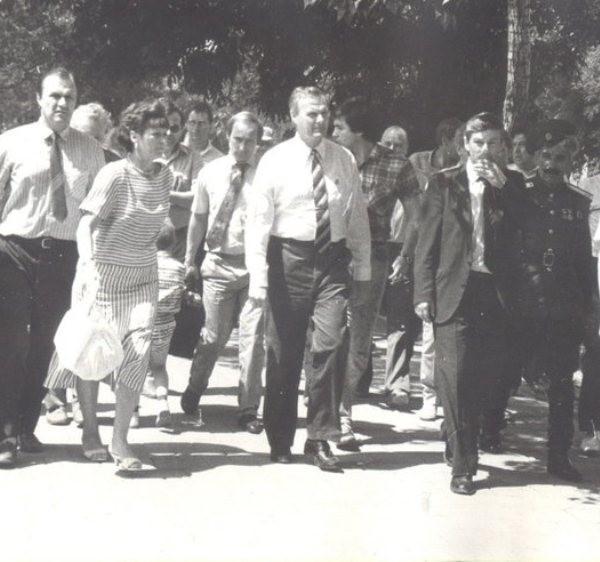 Фото Путина в начале карьеры, Путин и Собчак (2)