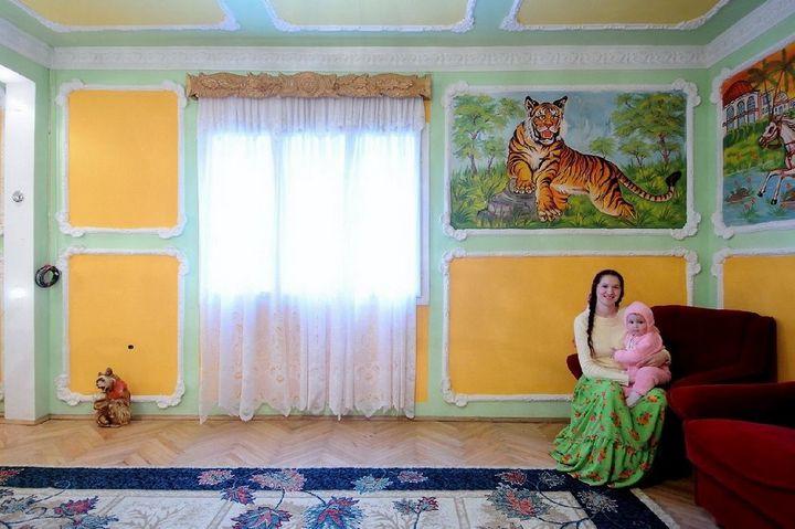 Как живут цыгане или интерьеры цыганских домов (13)