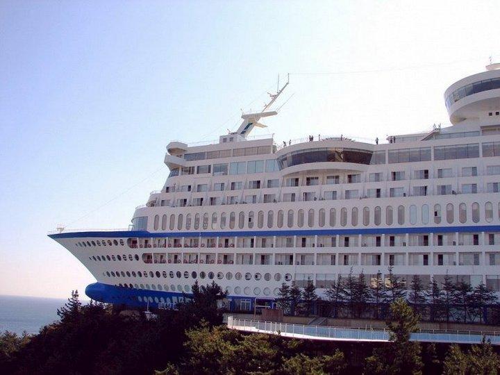 Корабль-отель Sun Cruise в Южной Корее (3)
