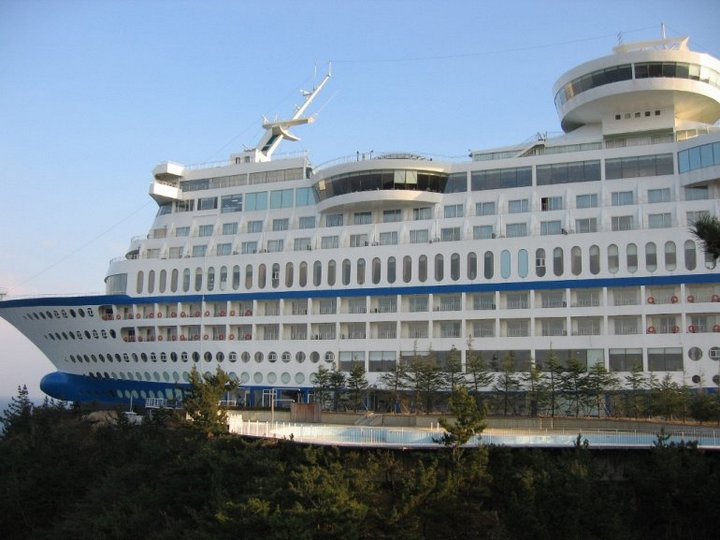 Корабль-отель Sun Cruise в Южной Корее (7)