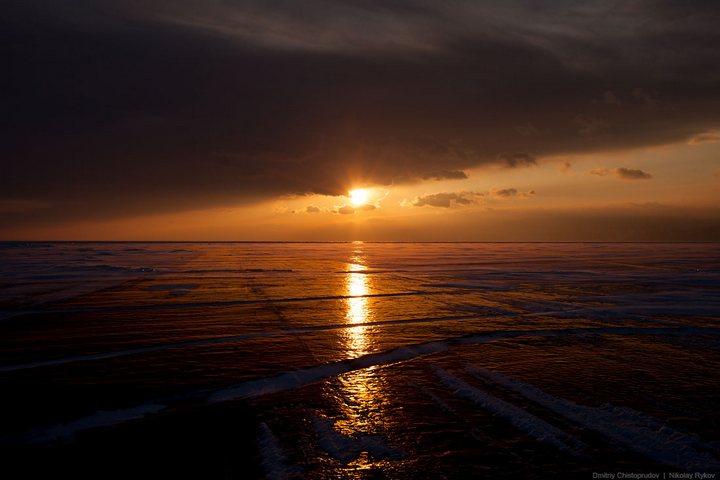 Красивые фотографии озера Байкал (3)
