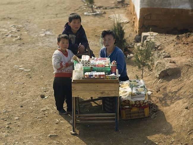 Запрещенные фотографии Северной Кореи (6)
