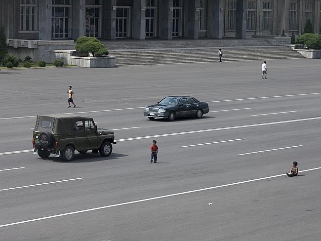 Запрещенные фотографии Северной Кореи (9)
