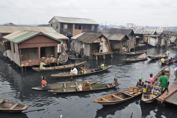 Плавучие трущобы Макоко, Нигерия (11)