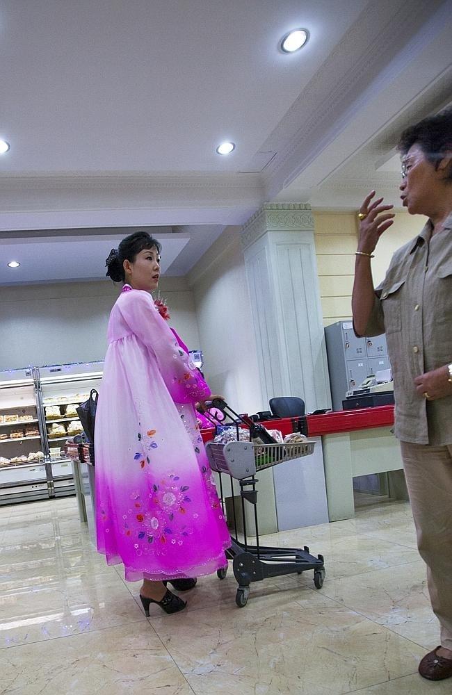 Запрещенные фотографии Северной Кореи (15)