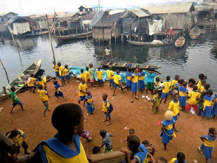 Плавучие трущобы Макоко, Нигерия (24)