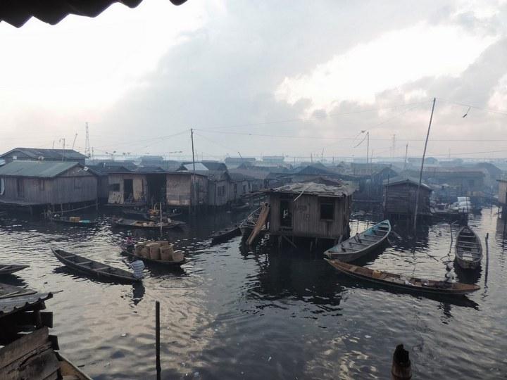 Плавучие трущобы Макоко, Нигерия (25)
