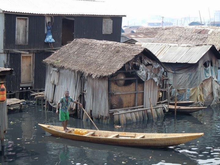 Плавучие трущобы Макоко, Нигерия (31)