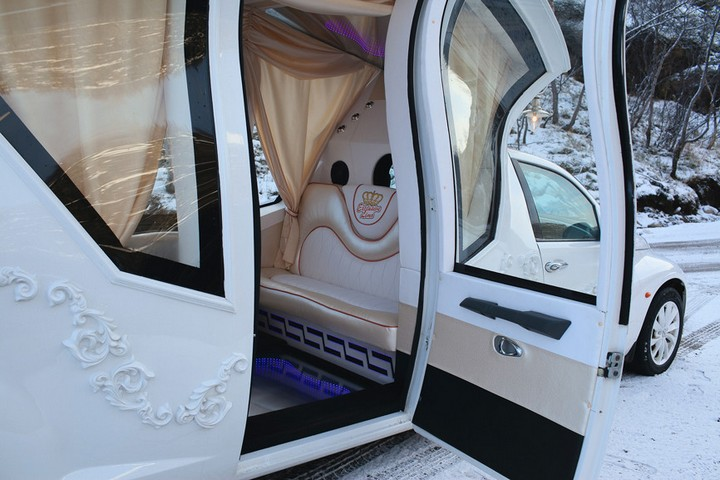 Автомобиль-карета для свадебных торжеств (8)