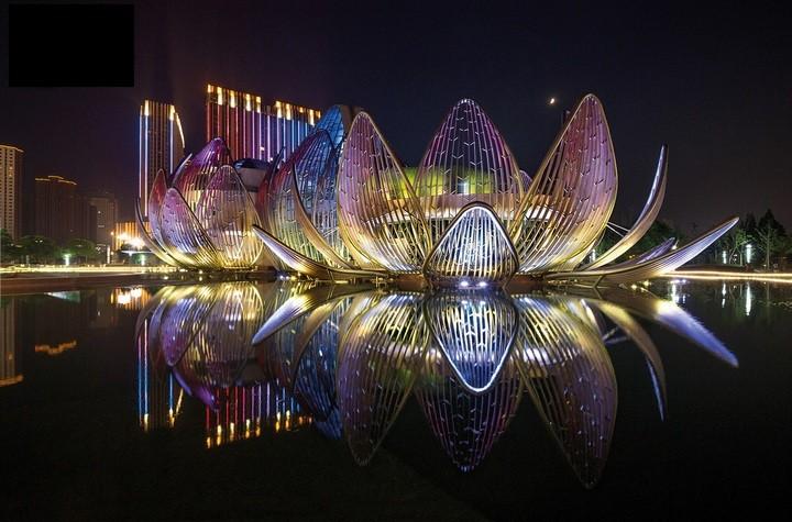 Удивительное архитектурное сооружение — Лотос в Чанчжоу (2)