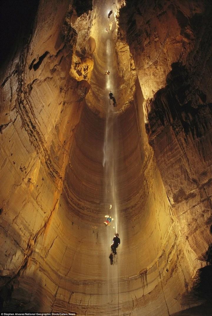 Самая глубокая в мире пещера (10)