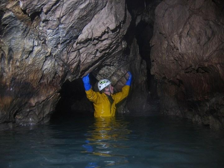 Самая глубокая в мире пещера (16)