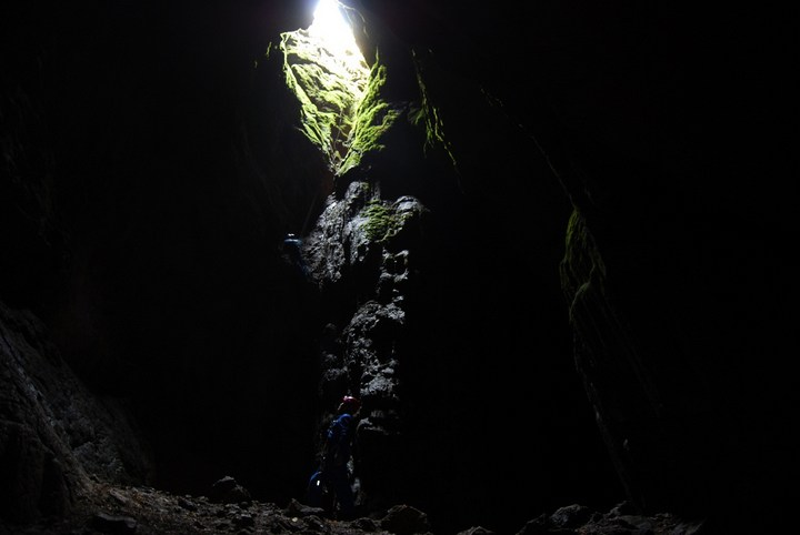 Самая глубокая в мире пещера (18)