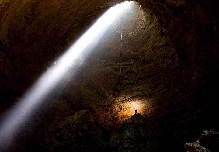 Самая глубокая в мире пещера (19)