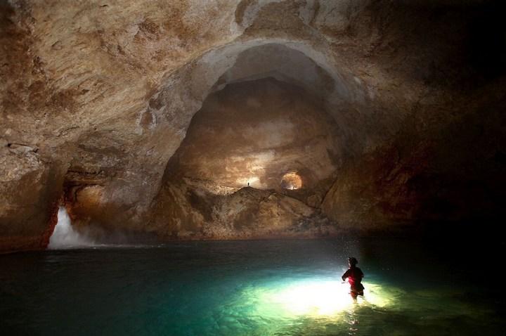 Самая глубокая в мире пещера (29)