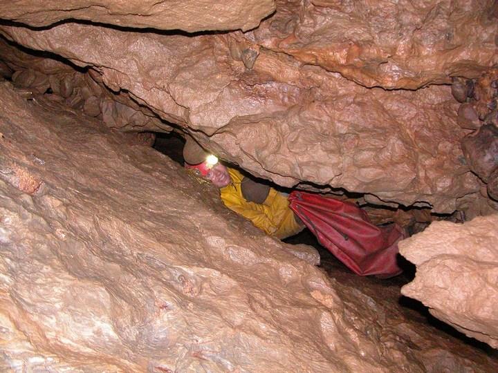 Самая глубокая в мире пещера (31)