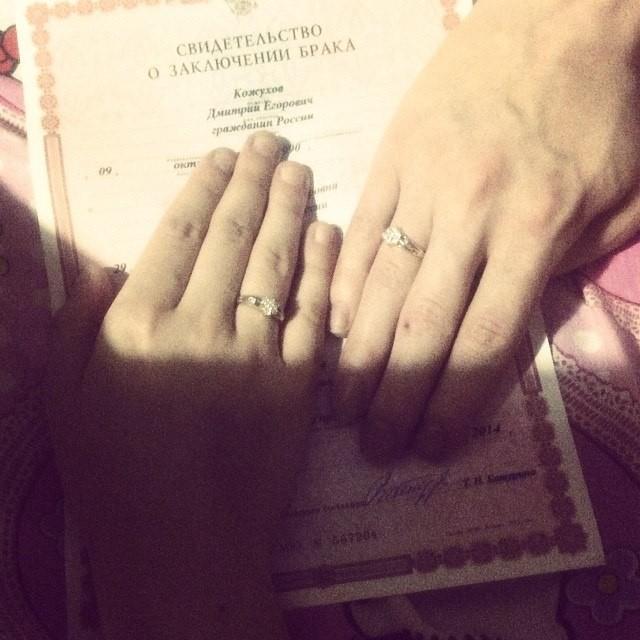 В Москве поженились две невесты (3)