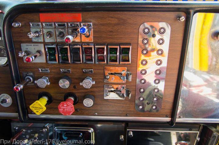 Классический американский трак Peterbilt 359 EXHD (17)