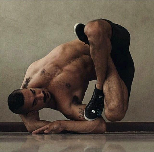 """Рауф Ясит — """"резиновые ноги"""" (7)"""