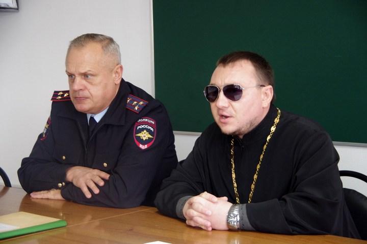 Семинар с работниками второго полка ДПС «Южный» в Чехове (1)