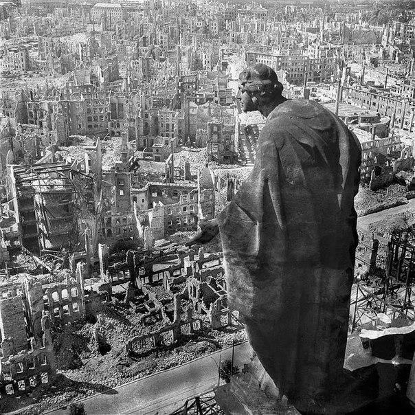 Руины Дрездена после Второй мировой.