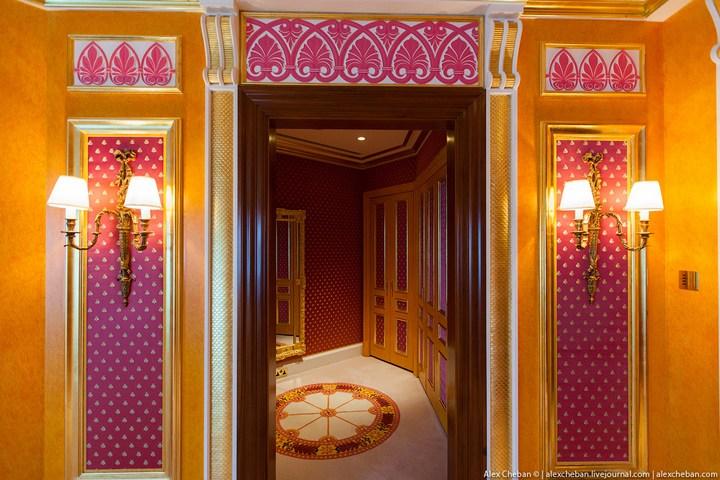 Самый дорогой гостиничный номер в семизвездочном отеле Burj Al Arab (21)