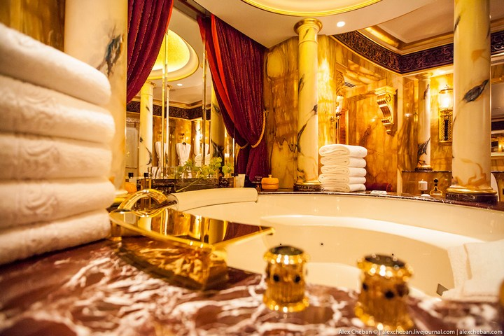 Самый дорогой гостиничный номер в семизвездочном отеле Burj Al Arab (15)